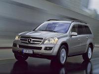 Mercedes GL: 90% posesori bărbaţi