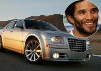 James si Chrysler-ul sau