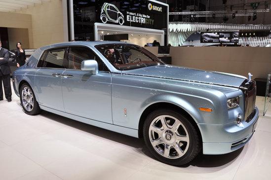 Rolls Royce 102EX - autonomie 200 km