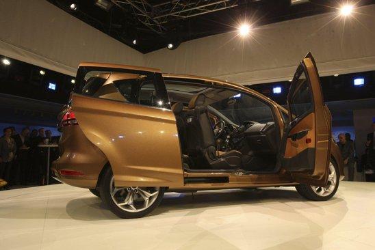 Ford B-Max - model nou