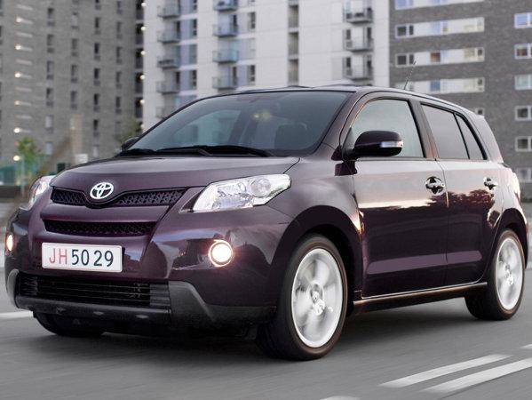 Toyota Urban Cruiser 1.4 D-4D AWD Terra - 20.272 euro