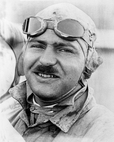 In 1920, Gaston Chevrolet a castigat cursa Indy 500