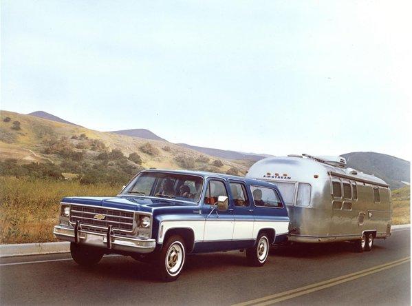 Din 1973, Suburban devine un adevarat SUV, avand si foarte bune capacitati de tractare