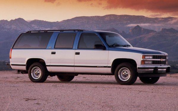 Suburban din 1992 era derivat direct din Chevrolet Tahoe