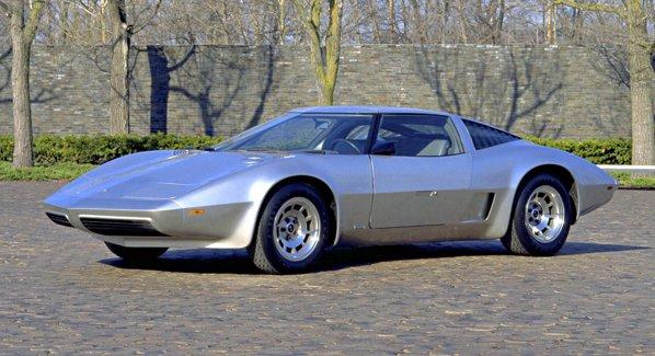 In 1973 era XP-895 Reynolds Concept, iar in 1977 a devenit Aero Corvette III