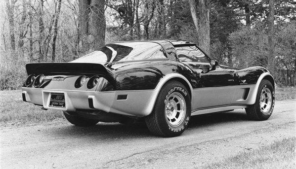 La aniversarea a 25 de ani, un Corvette a fost pace car la Indy 500 in 1978