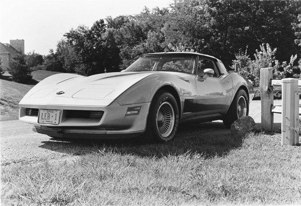 In 1982 a fost oferita editia speciala Chevrolet Corvette Collector Edition