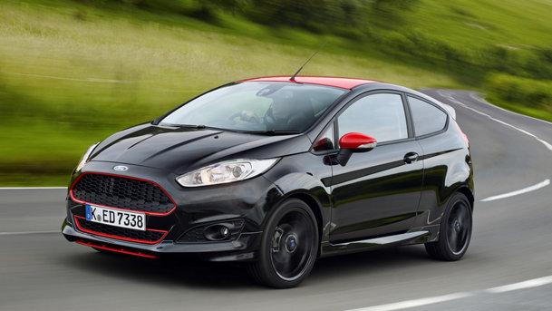 TEST de prim contact cu Ford Fiesta Black Edition / Red Edition. Neastâmpărat