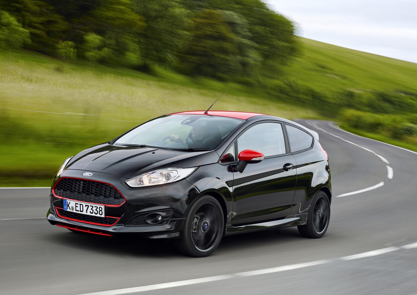 Imagini Test De Prim Contact Cu Ford Fiesta Black