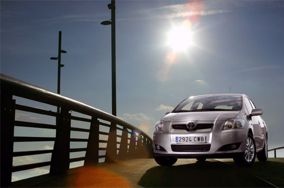 TEST cu Toyota Auris