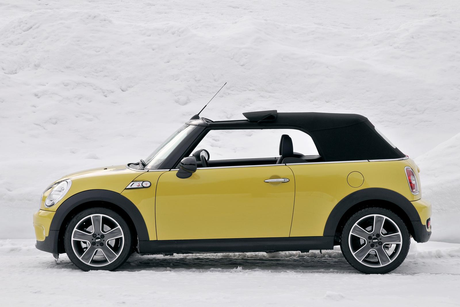 imagini mini cooper s cabrio test in austria. Black Bedroom Furniture Sets. Home Design Ideas