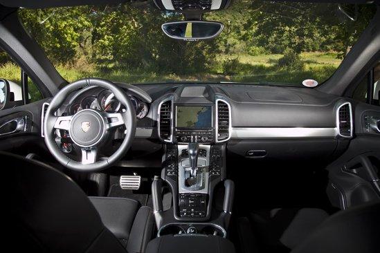Momentan, noul Porsche Cayenne are cel mai spectaculos interior intre SUV-uri