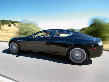 Premieră absolută - Aston Martin Rapide