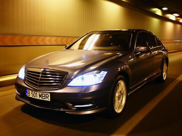 Test în premieră cu Mercedes-Benz S500 L 4matic