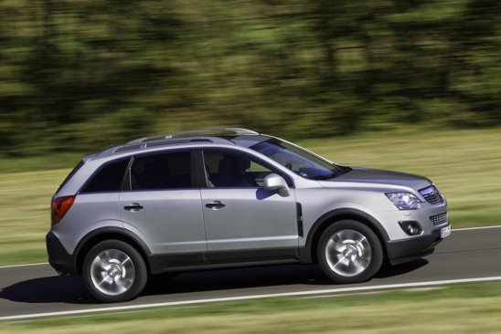 Opel Antara facelift arata ca un SUV dinamic, lucru pus in evidenta si de pachetul tehnic