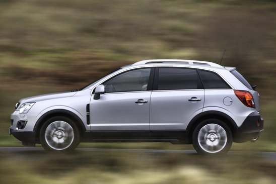 Suspensia ofera un foarte bun compromis intre manevrabilitate si confort la Opel Antara facelift