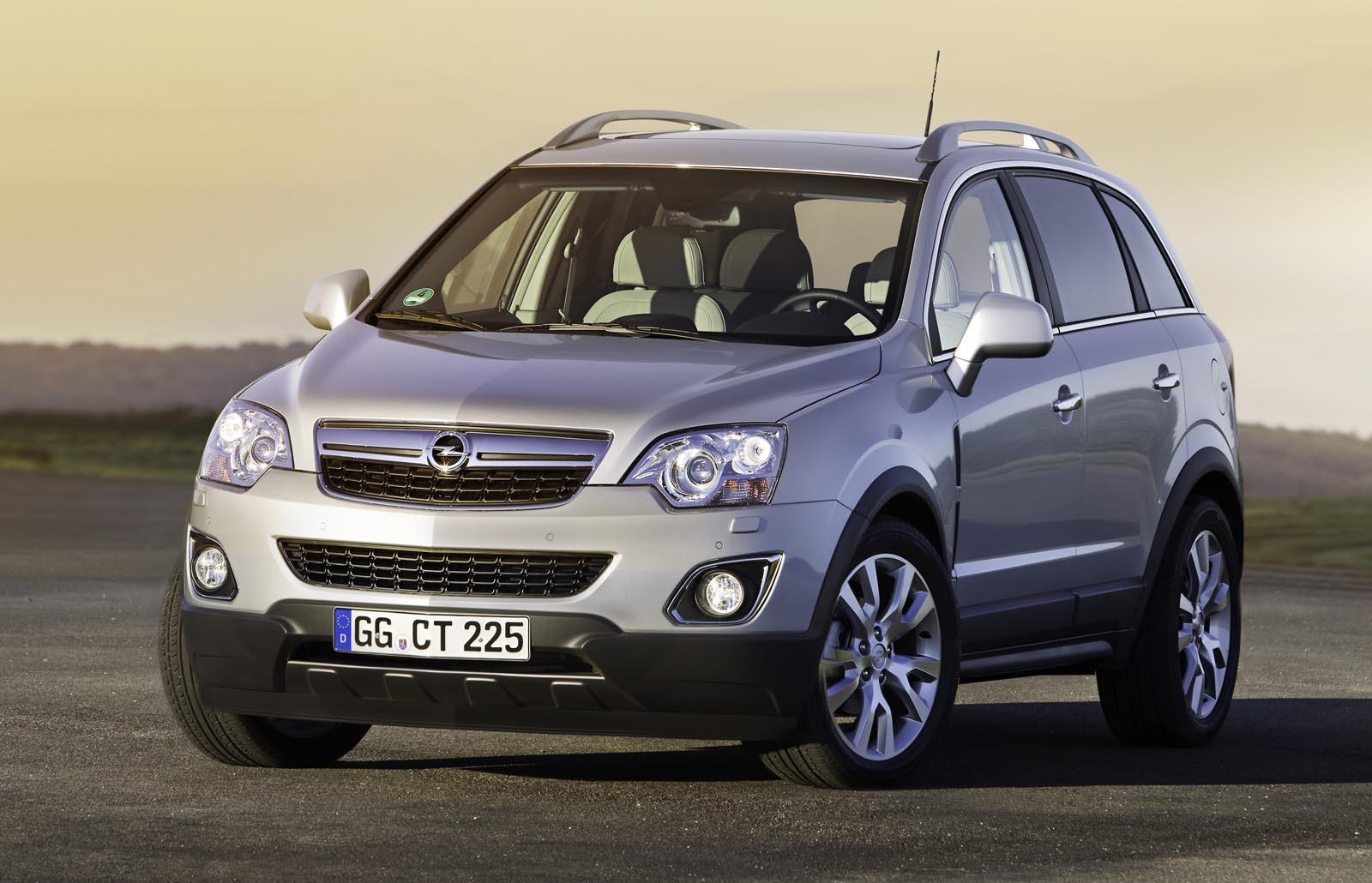 Opel Antara facelift aduce foarte putine modificari estetice. Grila noua imprima sobrietate