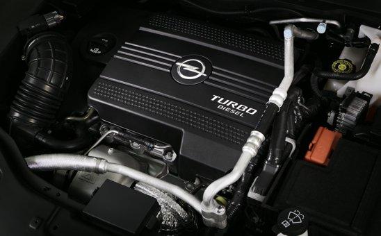 Motorul diesel de 2,2 litri de pe Opel Antara facelift este complet nou si bine conceput