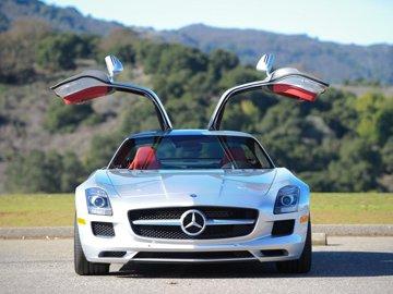 Test-drive cu noul Mercedes-Benz SLS AMG