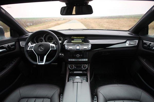 Am testat mercedes benz cls 350 cdi blue efficiency for Cdi interior design