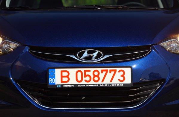 Hyundai Elantra arboreaza o imagine de marca interesanta: clepsidra