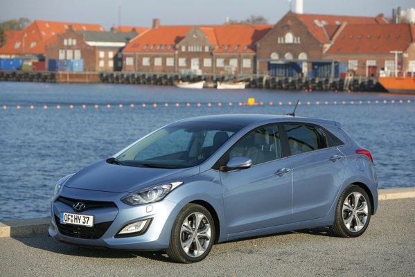 Noul Hyundai i30 arata la fel de bine in realitate ca si in poze