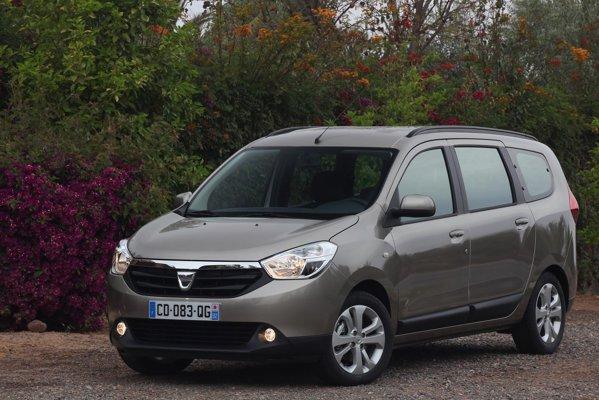 Dacia Lodgy e voluminoasa si are un design suficient de reusit pentru o astfel de familista