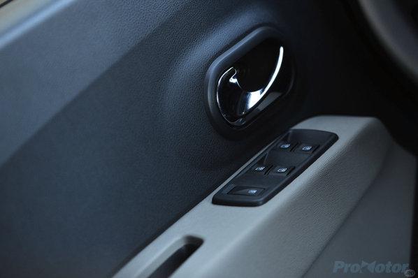 Dacia Lodgy comenzile geamurilor
