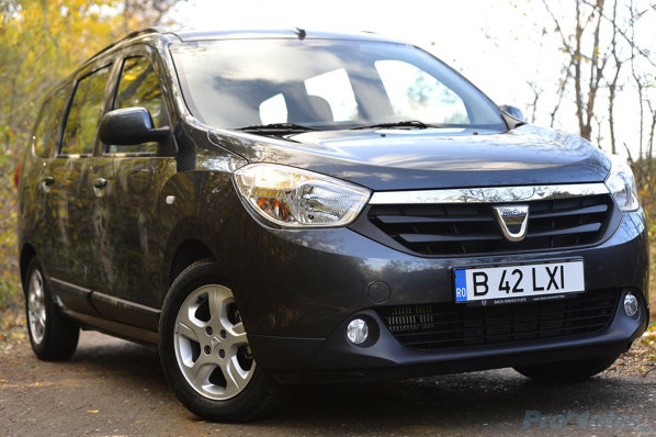 Dacia Lodgy front view