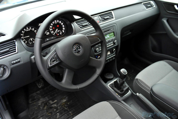 Skoda Rapid, dashboard. Interior
