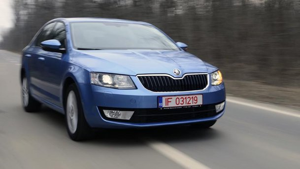 test cu skoda octavia 1 4 tsi 140 cp saga familiei volumul al iii lea. Black Bedroom Furniture Sets. Home Design Ideas