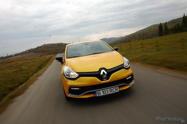 2013 Renault Clio IV 1.6 (200 CP) RS Automatic