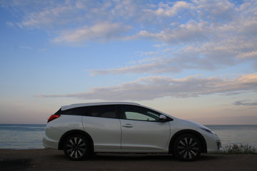 Test cu Honda Civic Tourer - Alură de hatch-back, spaţiu de break - GALERIE FOTO