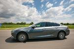 Drive test Opel Insignia Grand Sport: Destul de sexy şi smart ca să-i pună pe gânduri pe rivalii germani Audi A6 şi BMW Seria 5