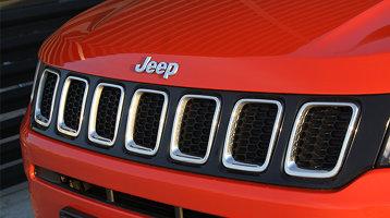 Test drive Jeep Compass - Entuziast la exterior, diesel la interior