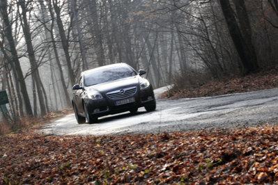 Opel Insignia - faţă