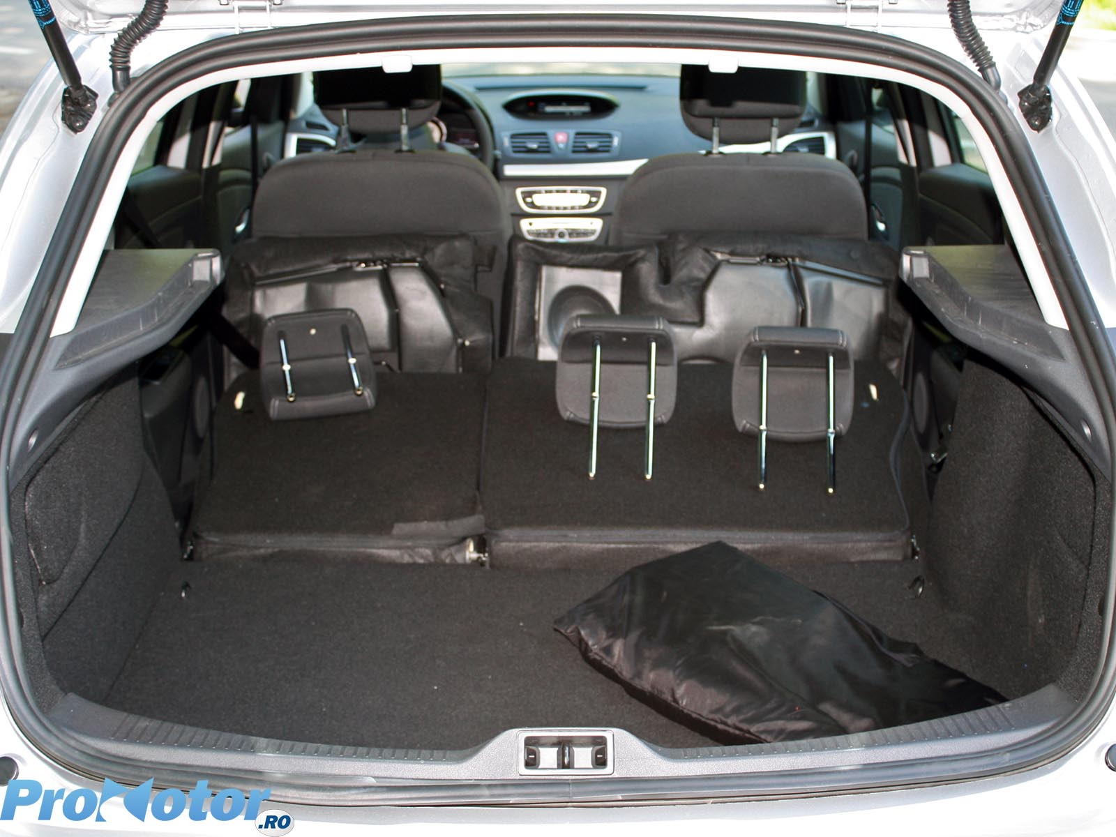 imagini renault megane 1 5 dci 105 cp ep ii interiorul. Black Bedroom Furniture Sets. Home Design Ideas