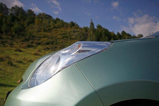 Farurile lui Suzuki Alto sunt singurul element original in ce priveste exteriorul