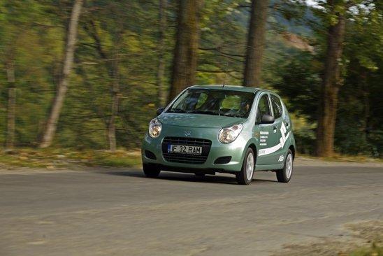 Motorul lui Suzuki Alto are doar 3 cilindri - deci vibratii la ralanti si zgomot maricel