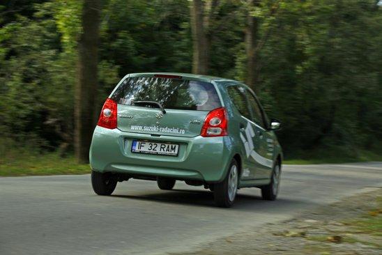 Principalul atu al lui Suzuki Alto: raspunsul si vivacitatea motorului de 1.0 litri si 68 CP