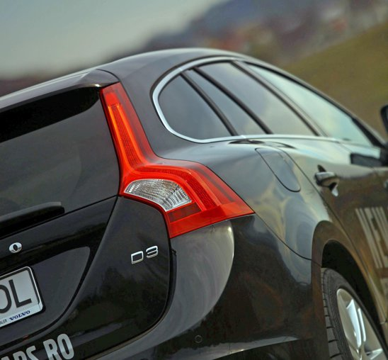 Volvo V60 este, fara discutie, cel mai reusit break de clasa medie din punct de vedere design