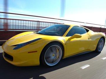 Test în premieră cu Ferrari 458 Italia