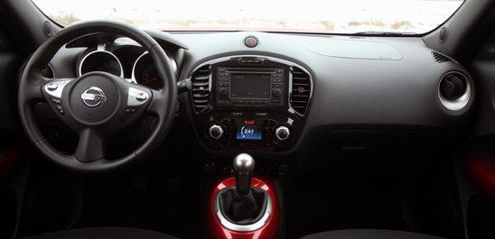 Nissan Juke ofera un interior potrivit pentru tineri. Spatiul interior este, per ansamblu, mediu