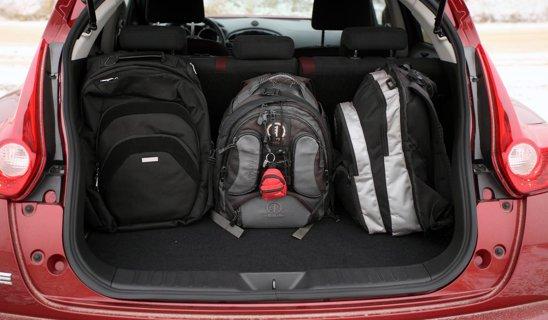 Nissan Juke are un portbagaj mic (250 litri) si spatiu redus pe bancheta