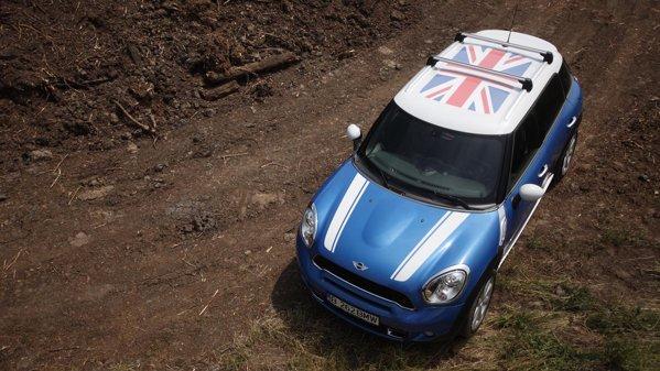 Mini Countryman ofera foarte multe accesorii de personalizare a masinii