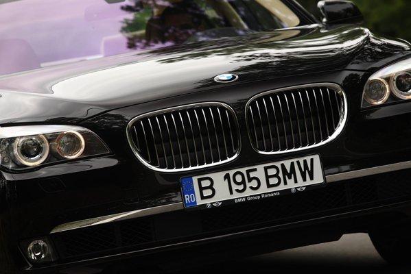 BMW 740d xDrive Individual este un bun exemplu de limuzina executive neopulenta si performanta