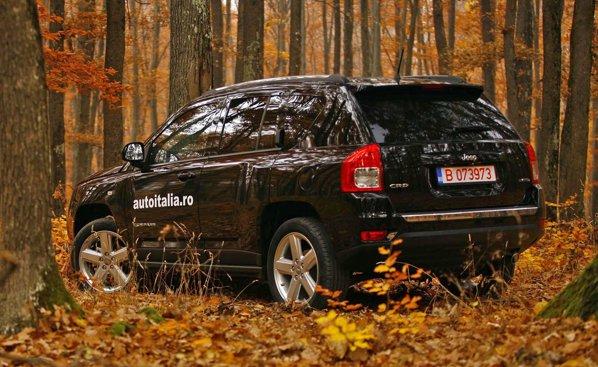 Cu exceptia partii frontale, Jeep Compass facelift nu a primit alte modificari de design