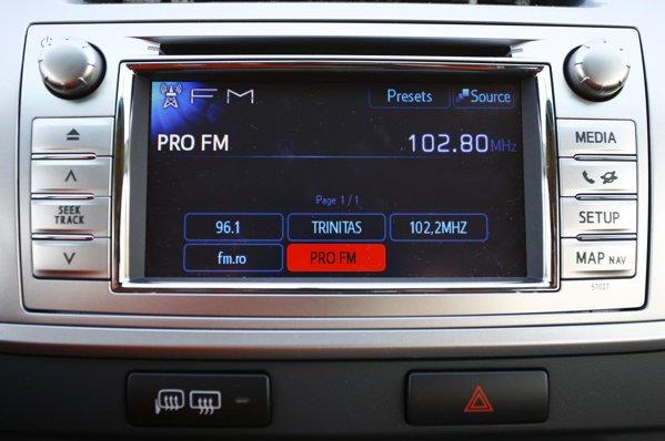 Pe nivelul de top Style+ regasim sistemul Toyota Touch, cu ecran tactil de 6.1 inch
