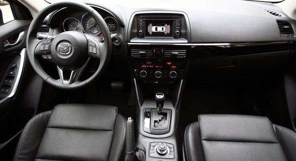 Mazda CX-5 ofera o ambianta interioara care respira calitate