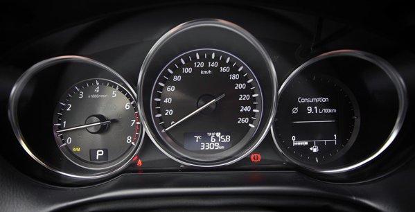 Cutia automata isi spune cuvantul: consumul mediu ajunge la 9 litri/100 km, in stil alert